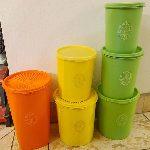Tupperware Servalier Vintage Cannisters Set of 6